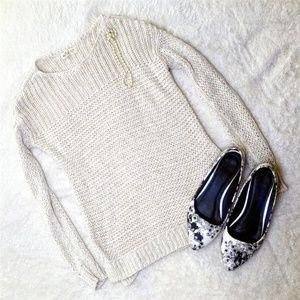 Hollister Cream Knit Long Sleeve Sweater Sz: XS/S